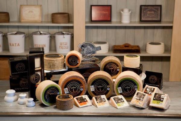 Dehesa de Los Llanos, la cuna del queso manchego más premiado del mundo